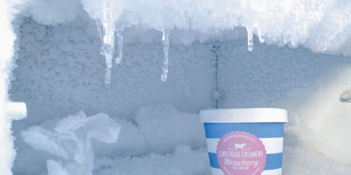 Why You Should Have A Walk In Freezer In A Bar